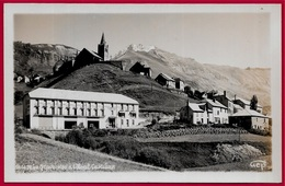 CPA CPSM 05 Hautes-Alpes LA GRAVE Et L'Hôtel Castillan ° Gep 560470 - France