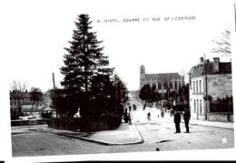 Niort. Le Square Et La Rue De L'Espingol. - Niort