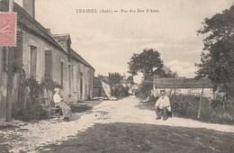 TRAINEL - LA RUE DES DOS D'ANES -TRES BELLE CARTE ANIMEE -  TOP !!! - Altri Comuni