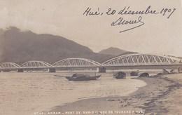 Carte Photo Originale :Indochine Viet-Nam   Le Pont De Nam O Ligne De Tourane à Hué    Cachets Intéressants - Lieux