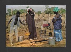 RÉPUBLIQUE DU MALI - AFRIQUE - AU PUITS - CLICHÉ A. OUOLOGUEM - Mali