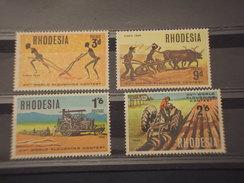RHODESIA  - 1968 MOTOCOLTURA CIFRA  4 VALORI - NUOVI(++) - Rhodesien (1964-1980)