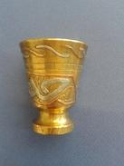 Vase En Bronze Décoratif Avec Marqueterie- 165gr - Bronzes