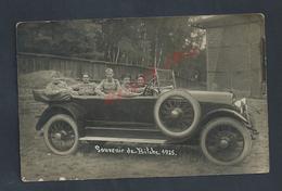 MILITARIA CARTE PHOTO MILITAIRE SOLDATS DANS UNE ANCIENNE VOITURE PHOTO C. MONTAG À BITCHE 1925 NON ECRITE : - Characters