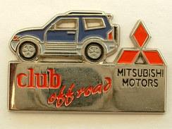 PIN'S MITSUBISHI MOTORS - CLUB OFF ROAD - Mitsubishi