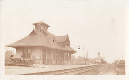 RPPC REAL PHOTO POSTCARD HARRISTON ONTARIO TRAIN STATION RAILWAY DEPOT - Stations Without Trains