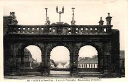 SIZUN -29- L'ARC DE TRIOMPHE RENAISSANCE BRETONNE - Sizun