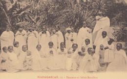 Afrique - Madagascar - Mamans Et Bébés Betsiléos - Procure Missions Lille - Madagascar