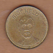 AC - SIGI HELD SHELL TRAUM ELF 1969 TOKEN - JETON - Monetary /of Necessity