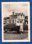 Photo Ancienne - DINARD - Couple En Vacances - 1960 - Places