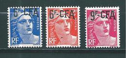 Timbres De Réunion  CFA  De 1949/52  N°299, 299A ,et 303  Neufs * - Reunion Island (1852-1975)