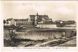LA PUYE COMMUNAUTE DES FILLES DE LA CROIX - Francia