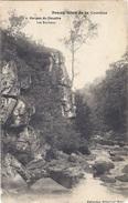 CPA - Gorges Du Doustre - Les Rochers   ( En L'état ) - Sonstige Gemeinden