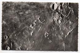 Astronomie--Observatoire Du Pic Du Midi De Bigorre-Lune---Cirques,Montagnes Et Vallées Lunaires - Astronomie