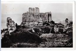 Les Andelys (Eure)  Ruines De Chateau-Gaillard    LES 3 CARTES     (CPSM, Bords Droits, Format 9 X 14) - Les Andelys
