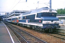 Toulouse (31) 13 Juillet 2006 - La CC 72084 En Tête Du  « Train Du Rugby » En Gare De Toulouse Matabiau - Rugby