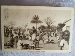 Le Marche A Malanje ; Lunda; - Uganda