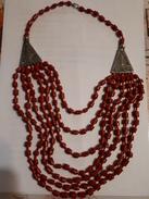 ANCIEN COLLIER EN CORAIL ROUGE 47 Cm - Necklaces/Chains