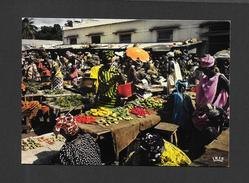 SÉNÉGAL - AFRIQUE - SCÈNE DE MARCHÉ - CLICHÉ P.CHARETON - PAR IRIS - Sénégal