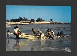SÉNÉGAL - AFRIQUE - RETOUR DE PÊCHE - HOME FROM FISHING - CLICHÉ P. CHARETON  PAR IRIS - Sénégal