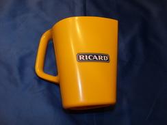 "Pichet ""RICARD"". - Advertising (Porcelain) Signs"