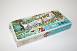 Vintage MODEL KIT : Airfix Swordfish, Scale HO/OO, Vintage, + Original Box - Figurines