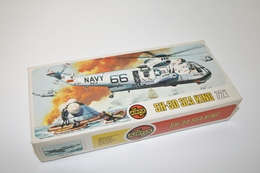 Vintage MODEL KIT : Airfix SH-3D Sea King, Scale HO/OO, Vintage, + Original Box - Figurines