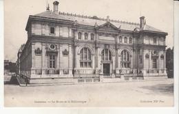 Grenoble  Le Musée Et La Bibliothèque - Grenoble