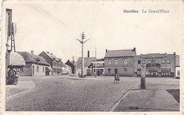 Harchies - La Grand'Place (animée, Pompe à Essence) - Bernissart