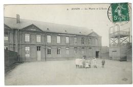 Avion - 62 - école Et Mairie - Animée, Enfants - Avion