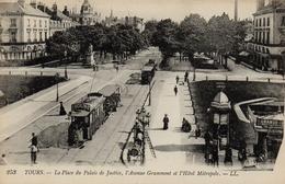 CPA 37 TOURS La Place Du Palais De Justice L´Avenue De Grammont Et L´Hôtel Métropole - Tours