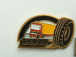 PIN´S PNEUMATIQUE DUNLOP - CAMION - Badges