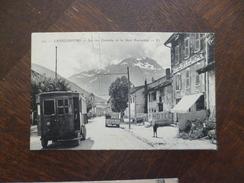 CPA 73 Savoie Lanslebourg La Rue Centrale Et La Dent Parrachée Beau Plan Tramway. Tachée Au Dos Sinon TBE - France