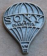 MONTGOLFIERE SONY CASSETTES - ARGENTEE - SONY 1989 -    (NOIR) - Montgolfier