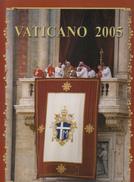 VATICANO 2005 - LIBRO UFFICIALE DI TUTTE LE EMISSIONI NUOVE - Vatican