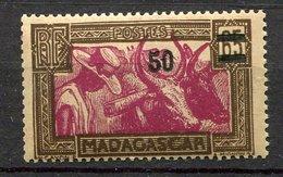 Madagascar  *, N° 234 -    - Prix 1,30 Euros + Port - Unused Stamps