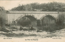 Bayeux - Le Pont De Bayeux - Bayeux