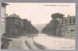 PONT - AUDEMER . Boulevard Pasteur . - Pont Audemer