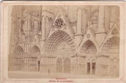 Vers 1900 Photo PAR LIBRAIRIE LESAULE RUE PORTE NEUVE A BOURGES /  PORTAIL DE LA CATHEDRALE - Bourges