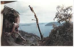 "Amérique-Chili CHILE Kaweskar  (u Alacaluf) En Recolecccion De Huevos""Museo Mayorino Borgatello Punta Arenas Magallanes - Chili"