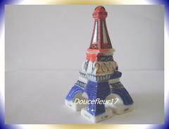 Tour Eiffel  ... Serie Complète De 7 Fèves En 3D ... Ref AFF : 93-2000 ...(pan 003) - Countries