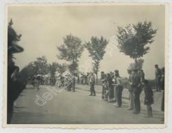 Tour De France 1936. Passage Au Petit Niort (Mirambeau, Charente-Maritime). 1er François Galateau. 2e Van Schendel. - Sports