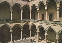 V95 Tarquinia (Viterbo) - Palazzo Vitelleschi - Interno Del Loggiato / Non Viaggiata - Altre Città