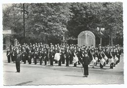 AUDRUICQ - 62 - La Fanfare Municipale Prise Place Coulogne - Monument Aux Morts - Cpsm Ed G Damez Voyagée - Audruicq