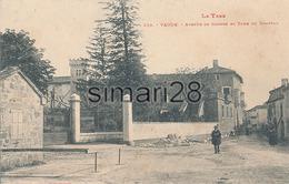 VAOUR - N° 235 - AVENUE DE CAHORS ET TOUR DU CHATEAU - Vaour