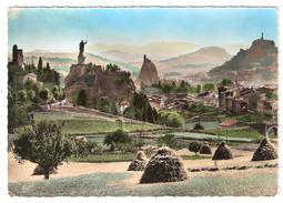 LE PUY , Haute Loire; Vue Générale ; Meule De Foin; 1956 - Le Puy En Velay