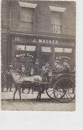 """Café J. Mauker Mit """"Bobby"""" Im Hintergrund - Original Photocard    (A29-1206239/612) - England"""