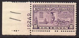 USA 1927-51 10c Special Delivery Plate Single, Hinged Mint (SG E648) - Nuevos