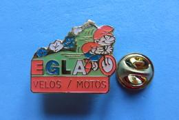 Pin's, Velo, Velosport, EGLA, Schtroumpf, Schlumpf,
