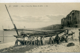 76 - YPORT - Mise à L'eau D'un Bâteau De Pêche - Yport